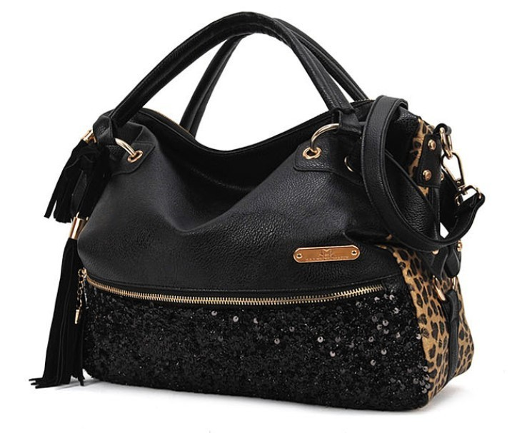 The New High-Capacity Rivets Tassel Leopard Sequined Shoulder Bag Diagonal Package Female Bag