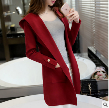 In qiu dong with a cap knitting cardigan coat pure color long sweater
