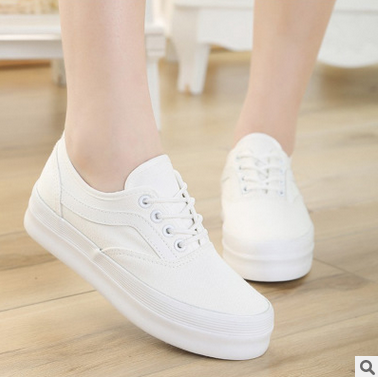 Thick white shoe bottom leisure shoes students