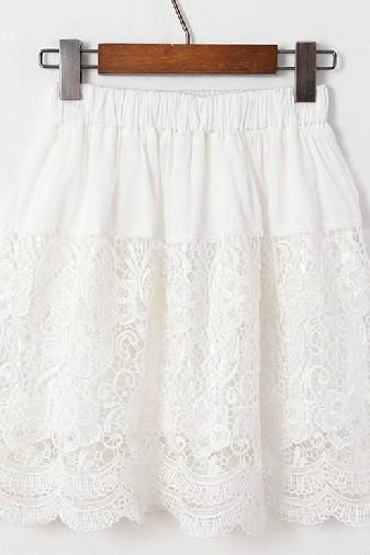 Spring Summer Retro Inspired Chantilly Lace Skirt